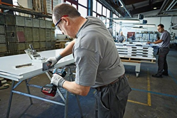 Bosch Professional GSR 18 V-EC Akku-Bohrschrauber, 2x4,0 Ah Akku (EC-Motor, 13 mm Voll-Metall-Bohrfutter, 18 V, L-Boxx) 06019E8101 -